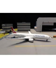 PHOENIX 1:400 Turkish 787-9 TC-LLA PH1557