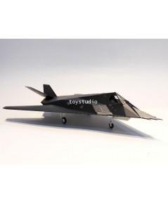 HOBBY MASTER 1:72 F-117A Nighthawk Operation Allied Force 82-806 HA5805