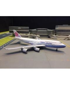 Phoenix 1:400 China Airlines 747-400 B-18215 P4334