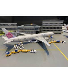 FantasyWings 1:400 Cargo Ground Service Equipment CG4002