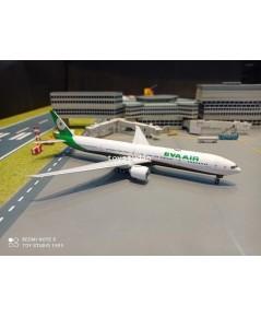 Phoenix 1:400 EVA 777-300ER B-16740 P4364