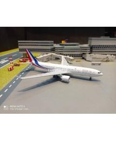 Aviation 1:400 French AF A330-223 F-RARF AV4332FAF
