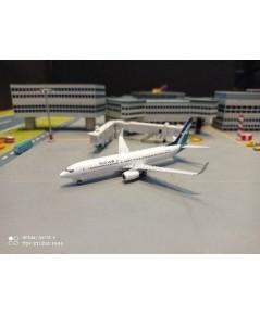 PH1687 1:400 Silkair 737-800 9V-MGQ [Width 9 Length 9.5 Height 3 cms.]