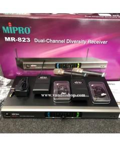 ชุดไมโครโฟนไร้สาย MIPRO MR-823/MT-801a/MT-801a ไมค์ลอยหนีบคู่