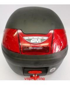 กล่องท้ายรถมอเตอร์ไซค์ GIVI รุ่น E230N-S 23 ลิตร มีไฟท้าย