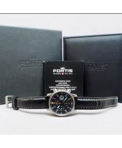 FORTIS Pilot Flieger Day-Date auto chronograph ขนาด 40mm หน้าปัดดำบอกวันและวันที่ตำแหน่ง 3 นาฬิกา กร