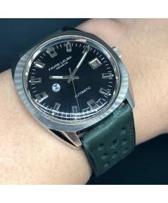 FAVRE-LEUBA Vintage 1960 ขนาดตัวเรือน 37mm หน้าปัดดำประดับหลักเวลาขีดเงินเงา บอกวันที่ตำแหน่ง 3 นาฬิ