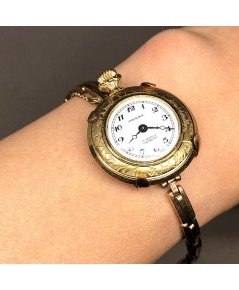 PRISMA lady pocket watch 1950 ระบบไขลาน หน้าปัดขาวพิมพ์เลขอารบิคดำ เดินเวลา 2 เข็ม มาพร้อมออฟชันสายก