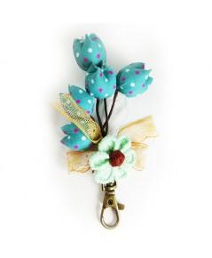 พวงกุญแจผ้าดอกไม้สีฟ้า ทำมือ