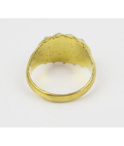 แหวน 3 สี ทับทิม มรกต เพชรซีก 3 แถว งานตะไบ ทอง90 งานเก่า หลุดจำนำ นน. 5.80 g