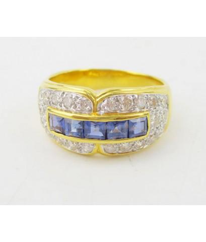 แหวน ไพลิน Princess แถว ฝังเพชร 24 เม็ด 0.72 กะรัต ทอง90 งานสวยมาก นน. 7.42 g