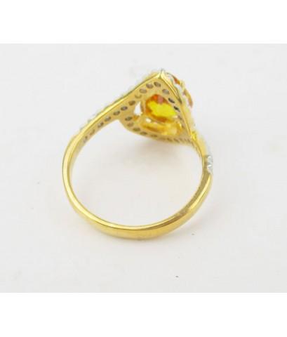 แหวน บุษราคัม เจียร ทรงหยดน้ำ ล้อมเพชร 32 เม็ด 0.50 กะรัต ทอง90 งานสวยมาก นน. 4.52 g