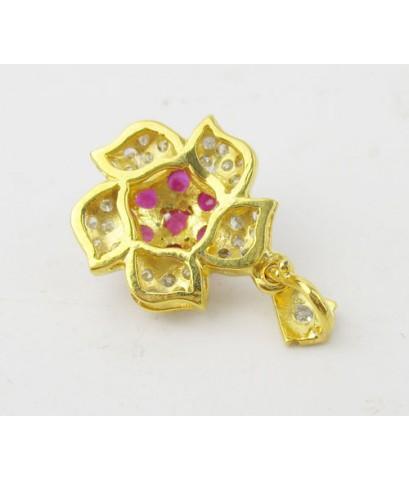 จี้ ทับทิม เจียร กระจุกดอกไม้ ล้อมเพชรกุหลาบ 30 เม็ด 0.15 กะรัต ทอง14K งานสวย น่ารักมาก นน. 3.18 g