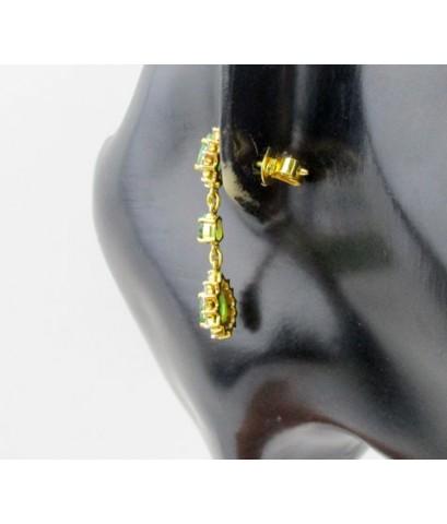 ต่างหู มรกต หยดน้ำ ตุ้งติ้ง ล้อมเพชร 48 เม็ด 0.96 กะรัต ทอง90 งานเก่า หลุดจำนำ สวยมาก นน. 6.98 g