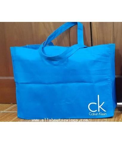กระเป๋าสะพาย ผ้าแคนวาส  Logo CK
