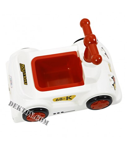 กระโถนเด็กรูปรถแข่งฟาร์ลิน สีขาว