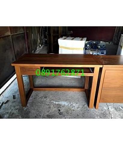 โต๊ะทำงานไม้สักขาตรง3