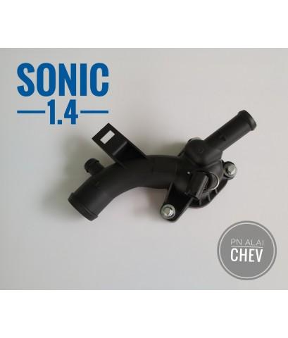 ท่อน้ำหลังเครื่อง มีปลั๊กเซ็นเซอร์ sonic1.4