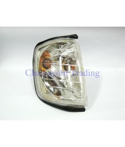 ชุดแต่งไฟเลี้ยวเพชร เคลียร์ใส Clear Crystal รถเบนซ์ Mercedes-Benz W124 230E 300E E220 E280 E320 E500