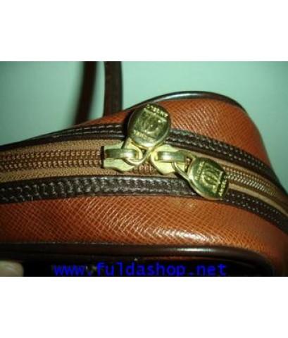 กระเป๋าถือ ยี่ห้อไมเคิลแองเจโล**ขายไปแล้วค่ะ** สีน้ำตาล ของแท้ มือสอง