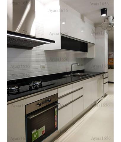 ชุดครัว Built-in ตู้ล่าง + ตู้สูง โครงซีเมนต์บอร์ด หน้าบาน Laminate สีขาวเงา