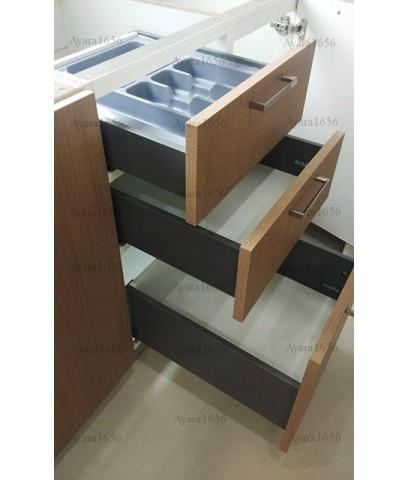 ชุดครัว Built-in ตู้ล่าง โครงซีเมนต์บอร์ด หน้าบาน Laminate สี Pecan Woodline