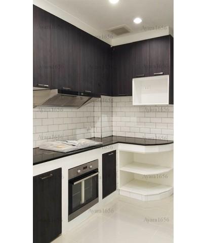 ชุดครัว Built-in ตู้ล่าง + วงกบหน้าบาน โครงซีเมนต์บอร์ด หน้าบาน Laminate สี Blacken Legno
