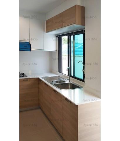 ชุดครัว Built-in ตู้ล่าง โครงซีเมนต์บอร์ด หน้าบาน Laminate สี Sandy Sakura-ม.ศุภาลัย เอสเซ้นส์