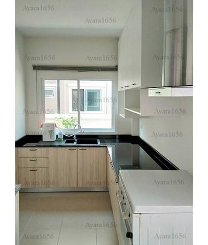 ชุดครัว Built-in ตู้ล่าง โครงซีเมนต์บอร์ด หน้าบาน Melamine สี Elm + Oak ลายไม้