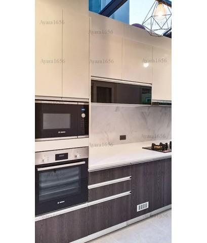 ชุดครัว Built-in ตู้ล่าง โครงซีเมนต์บอร์ด หน้าบาน Laminate สี Limed Ash + Hi Gloss สีขาว-ม.ลัดดารมย์