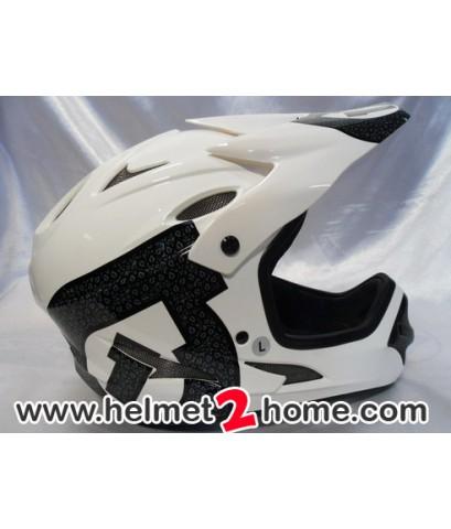 หมวกดาวฮิว Six Six One รุ่น Comp Shifted สีขาว L