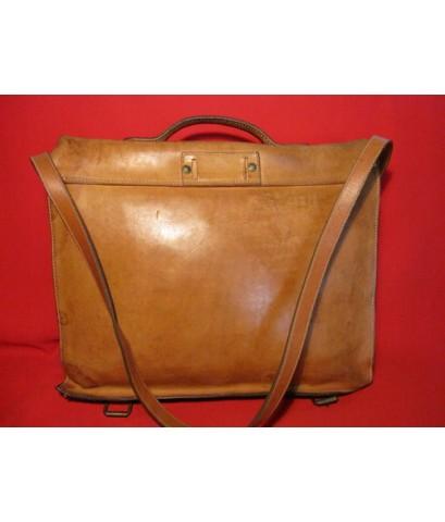 กระเป๋าเอกสาหนังแท้ สุดยอดครับใบนี้ กับ BREE \' Full Option สะพายข้าง +เป้ + ถือ