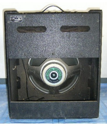 แอมป์เบส Roland CB-40 มือสองจากญี่ปุ่น  รหัสสินค้า :   AG-Bass