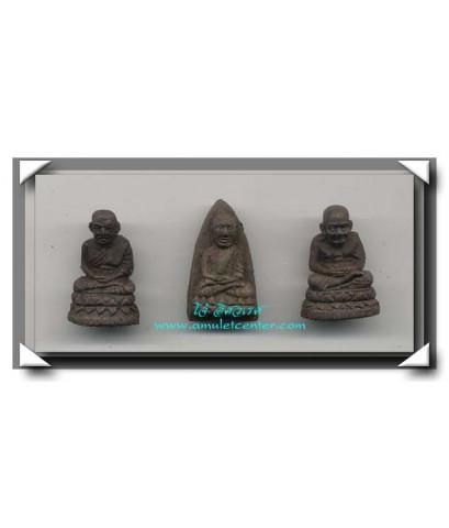 หลวงปู่ทวด วัดช้างให้ เนื้อว่าน โดยอาจารย์นอง วัดทรายขาว ครบชุด 3 องค์ พ.ศ.2541