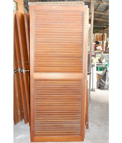 ประตูไม้สักบานเกร็ด 80*200 ซม.