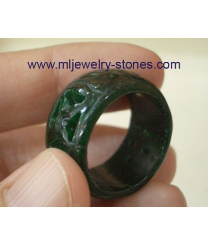 แหวนหยกพม่าแท้