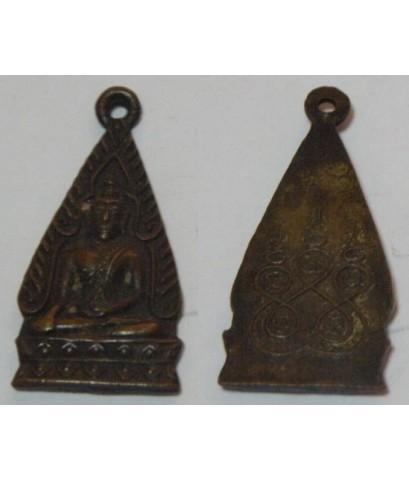 เหรียญพระพุทธชินราช พิมพ์สามเหลี่ยม หลังยันต์ห้า เนื้อทองแดงกะไหล่ทอง
