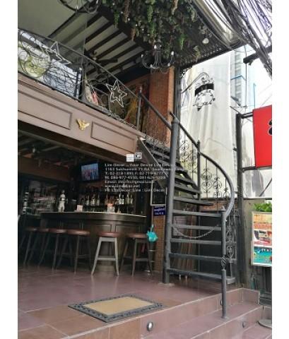 LD–B1136 บันไดวนเหล็กดัดอิตาลีพื้นเหล็ก ร้านอาหารอิตาลี สุขุมวิท15 Wrought Iron Steel Winder Railing