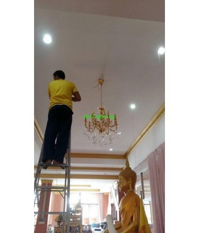 งานติดตั้งโคมไฟ ในศาลาปฏิบัติธรรมวัดคู่สร้าง    4 พฤษภาคม  ปี 2561