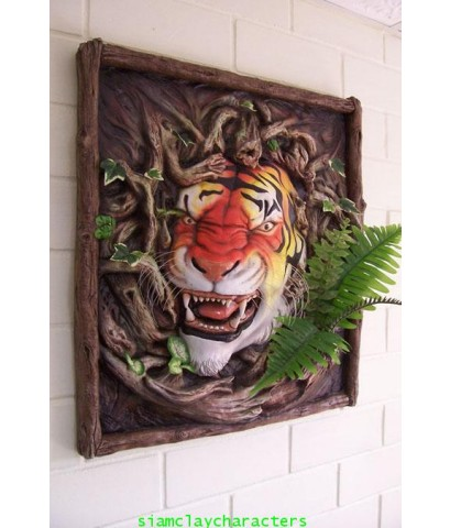 งานปั้นนูนสูงภาพเสือ