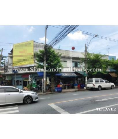 13060 ขายอาคารริมถนนอิสรภาพ-ท่าดินแดง คลองสาน กรุงเทพ