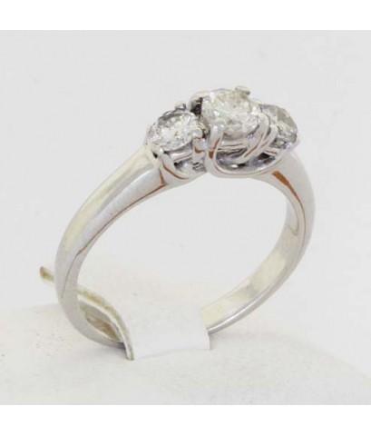 แหวนเพชรทองคำขาว