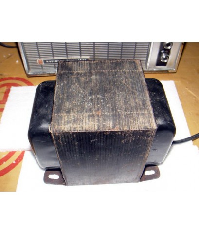 หม้อแปลงไฟ 110V ขนาดใหญ่ 2000 วัตต์เต็ม