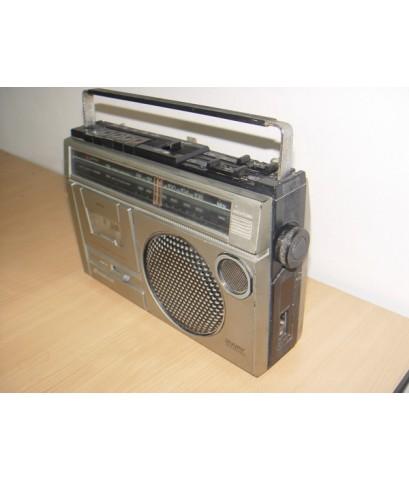 SANYO M2429F วิทยุ-เทปหูหิ้วโบราณ ใช้งานได้ปกติทุกระบบ