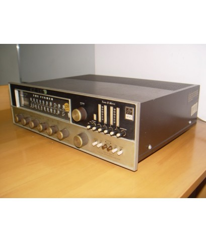 The Fisher 800 Solid State U.S.A. ใช้งานได้ปกติ เสียงดีมาก