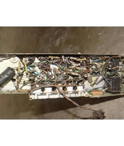 ซากวิทยุหลอดPhilips (ตัวเล็ก) อุปกรณ์เดิมและหลอดอยู่ครบ