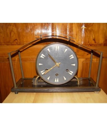 นาฬิกาหัวเตียง 3 ลาน เยอรมัน ใช้งานได้ปกติ อายุเกือบ 100ปี