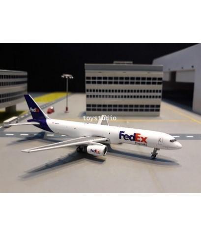 GEMINI JETS 1:400 FedEx 757-200F N920FD GJ1818