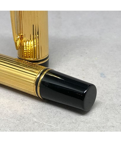 PARKER Duofold Fountain Centennial Goldon ขนาดใหญ่ ยาว 13.6cm ปากเขียนทอง 18k 750 ขนาด M เคลือบทองหน