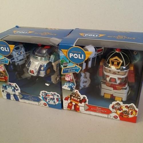 ของเล่น Robocar Poli Transformer ในเซ็ตมี 2 ตัว